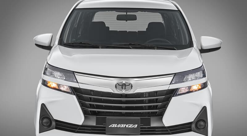 Toyota Avanza Frente
